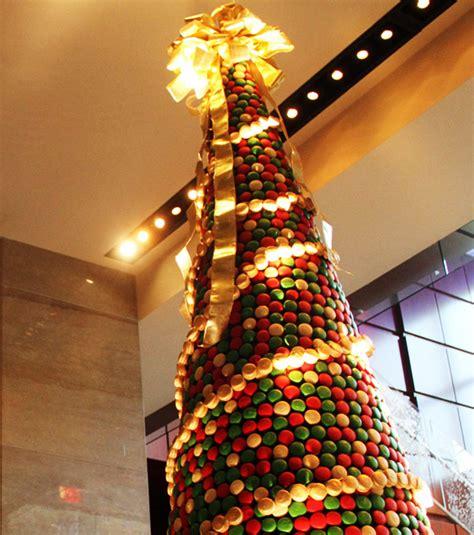 Foto : Árboles de navidad originales: adornado con macarons