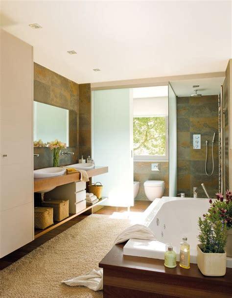 Foto: Baño con dos Lavabos y Bañera de Marta #871179 ...