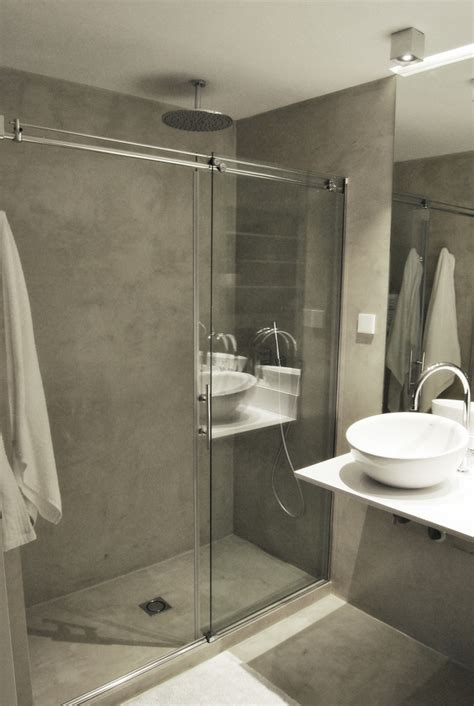 Foto: Baño en Microcemento con Ducha de Obra de AKO ...