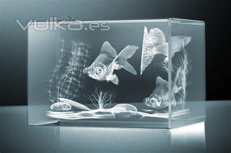 Foto: Cristal 3D grabado con laser.