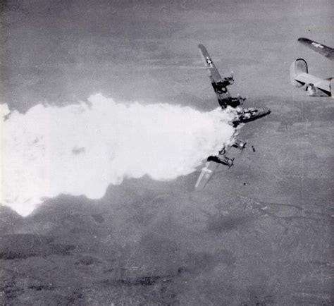 Fotos De Aviones Tocados Segunda Guerra Mundial   Imágenes ...
