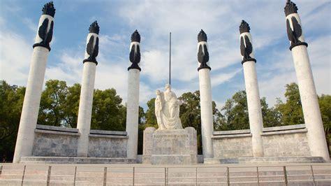 Fotos de Histórico: Ver imágenes de Monumento a los Niños ...