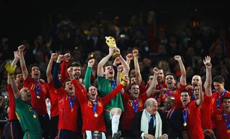 Fotos de la final del Mundial 2010  Holanda   España