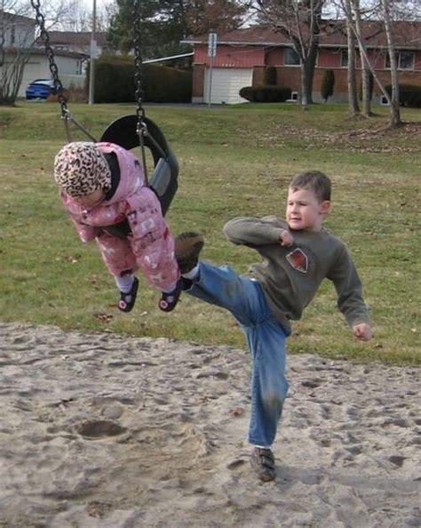 Fotos de la infancia con los hermanos menores y hermanas
