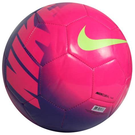 fotos de pelotas de futbol nike