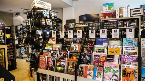 Fotos gratis : rock, música, almacenar, tienda de ...