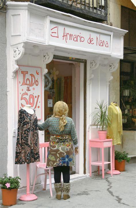 Fotos gratis : vendimia, urbano, Europa, tienda, negocio ...