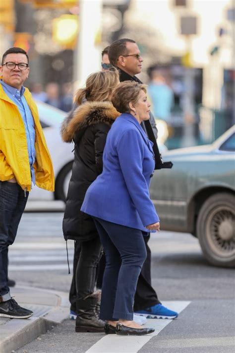 FOTOS: Jennifer López, su madre y Alex Rodríguez salen a ...