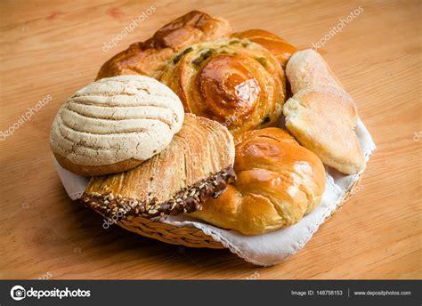 Fotos: pan mexicano | Pan dulce mexicano — Foto de stock ...