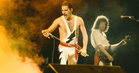 Freddie Mercury: 10 Things You Didn't Know Queen Singer ...