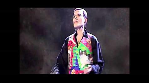 Freddie Mercury a 20 años de su muerte.mp4 - YouTube