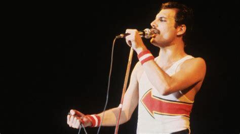 Freddie Mercury   Barcelona   Biography