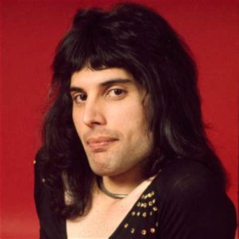 Freddie Mercury Biography   Biography