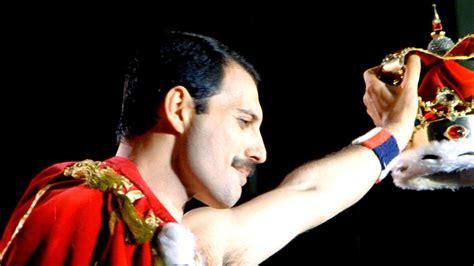 Freddie Mercury, derrotado por el SIDA