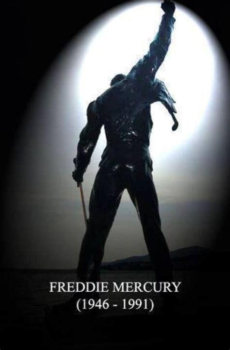 Freddie Mercury | Freddie Mercury  Farrokh Bulsara ...