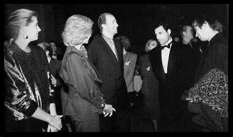 Freddie Mercury Junto a Amigos y Celebridades   Imágenes ...