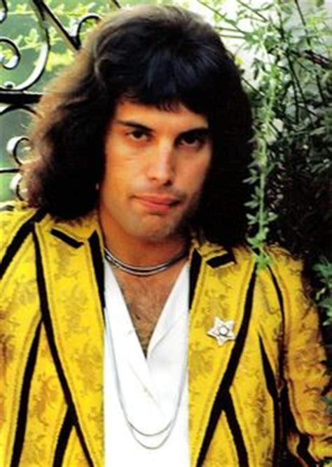 Freddie Mercury, London~I want to lead the Victorian life ...