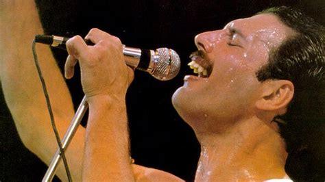 Freddie Mercury perdió un pie antes de morir de sida