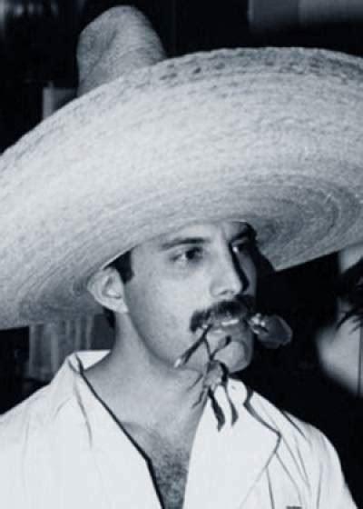 Freddie Mercury perdió un pie por Sida