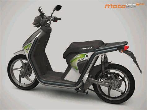 FueraDelMenu   Rieju MIUS 4.0 Scooter eléctrico   Moto 125 cc