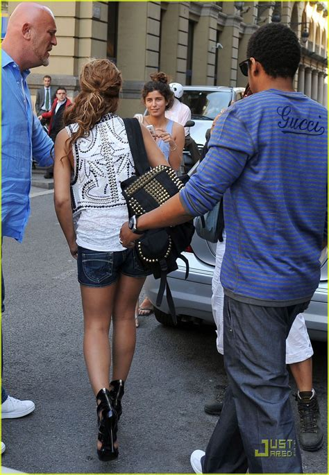 Full Sized Photo of beyonce knowles barcelona 02 | Photo ...