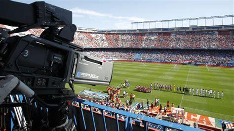 Fútbol en televisión | Movistar, beIN y GOL se reparten ...