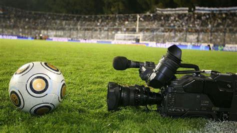 Fútbol por TV seguirá siendo gratuito hasta después de las ...