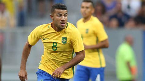 Gabriel Jesus struggling and Neymar the Marta   5 lessons ...