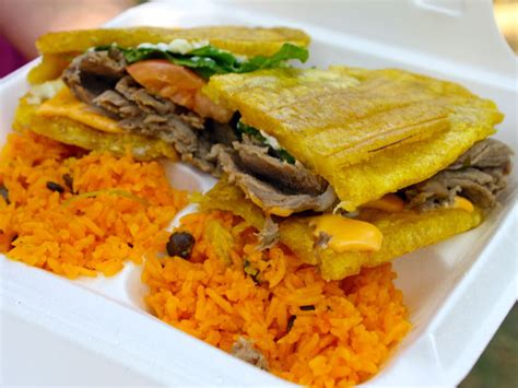 Gallery: The 10 Best Jibaritos in Chicago | Serious Eats