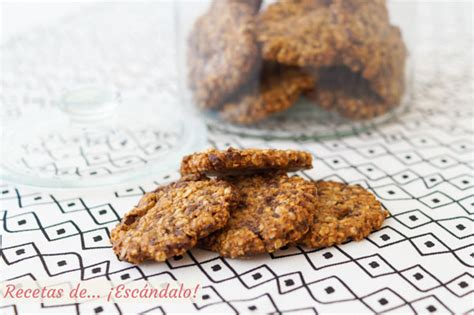 Galletas caseras de avena con chocolate - Recetas de Escándalo