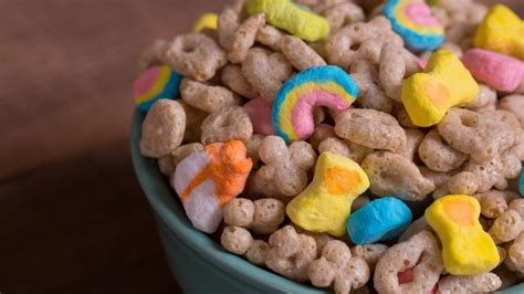 General Mills' new 'Lucky Charms Frosted Flakes' might be ...