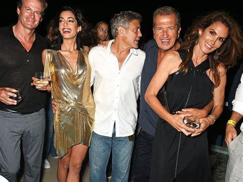 George Clooney Photobombs Cindy Crawford and Rande Gerber ...