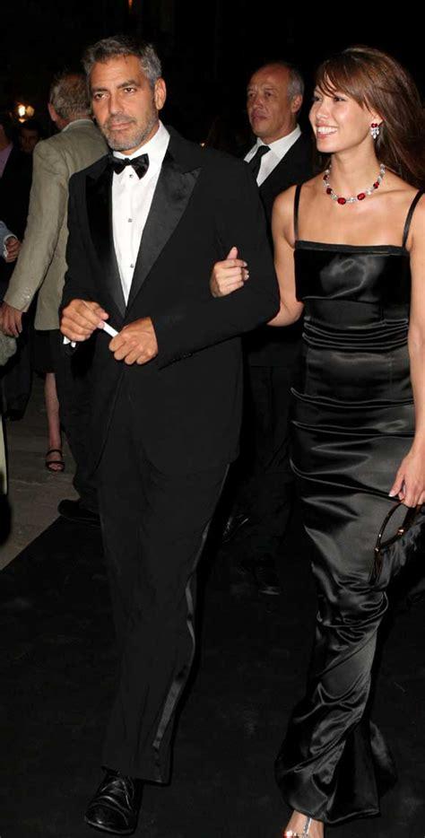 George Clooney y Sarah Larson sufren un accidente de moto ...