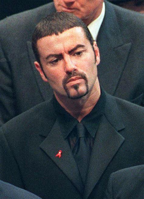 George Michael  deslumbró en el tributo a Freddie Mercury ...