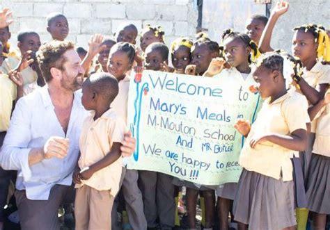 Gerard Butler es dado de alta tras enfermar en Haití – La ...