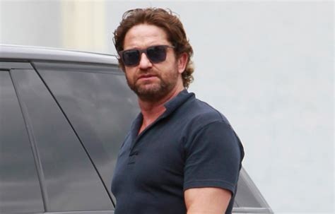 Gerard Butler Flaunts Buff Biceps During Coffee Outing ...