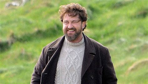 Gerard Butler Gets to Work on 'Keepers' in the Fields of ...