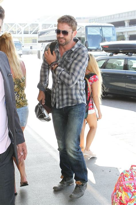 Gerard Butler looks handsome in casual checked shirt and ...