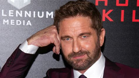 Gerard Butler s house  half gone,  others await fire s ...