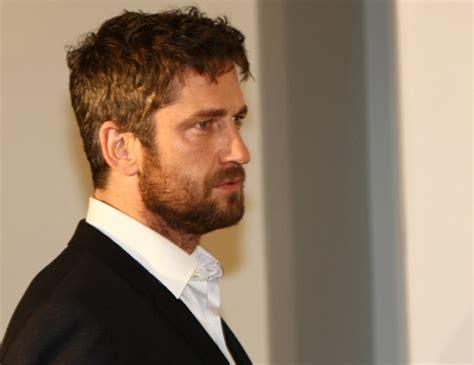 Gerard Butler:  Si Jennifer Aniston y yo estuviéramos ...