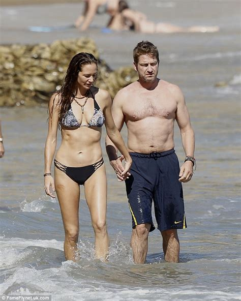 Gerard Butler  splits from girlfriend Morgan Brown ...