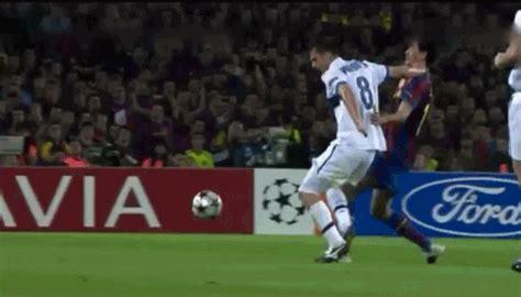 Gif's faltas fingidas del futbol - Taringa!