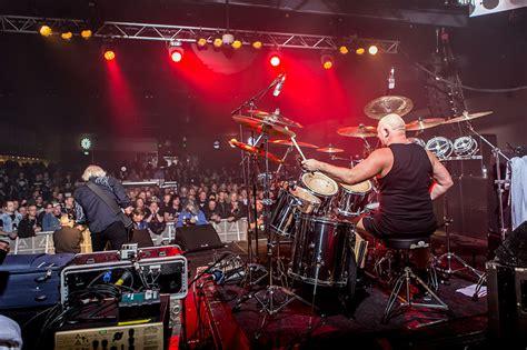 Gig review: VARDIS - Hard Rock Hell, Pwllheli, 15 November ...