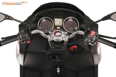Gilera Fuoco 500 LT   A la venta el SUV de tres ruedas ...