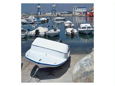 Glastron V 142 en CN de Motril | Barcos a motor de ocasión ...