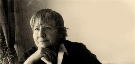 Gloria Fuertes, los homenajes y las obras hermosas se suceden