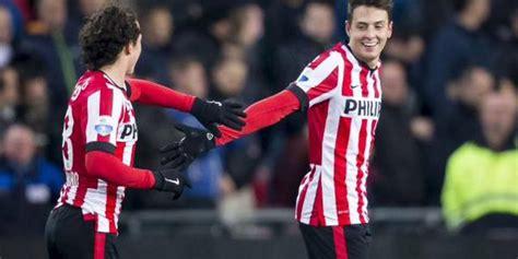 Gol de Santiago Arias al Feyenoord en la Liga Holandesa