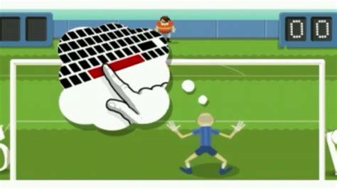 Google Doodle   Soccer 2012   YouTube