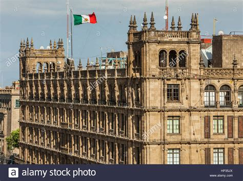 Government Building of Mexico City, Plaza de la ...