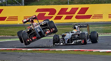 GP Gran Bretaña 2014: El accidente de Räikkönen, el vuelo ...